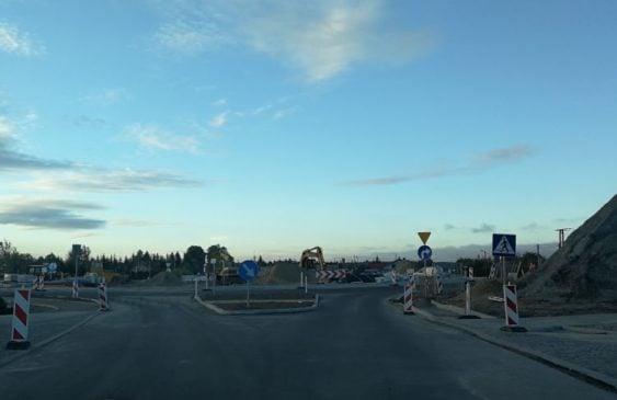 Drugi etap budowy węzła drogowego w Czarlinie – zmiany w organizacji ruchu na węźle DK91 / DK22